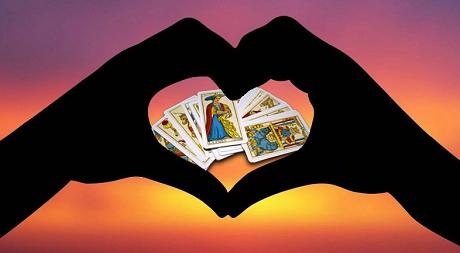 Seriös Kartenlegen